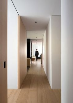 Modern Home Corridor Design That Inspire You 41 Modern Home Corridor Design Tha. Modern Home Corridor Design That Inspire You 41 Modern Home Corridor Design That Inspire You 41 # Apartment Door, Apartment Interior, Apartment Design, Minimalist Interior, Modern Interior, Interior Architecture, Door Design, House Design, Interior Minimalista