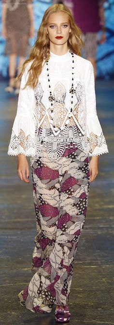 Spring 2016 Ready-to-Wear Anna Sui