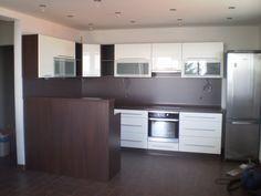 Kuchyňa wenge biela - BMV Kuchyne Kitchen Island, Kitchen Cabinets, Home Decor, Island Kitchen, Decoration Home, Room Decor, Cabinets, Home Interior Design, Dressers