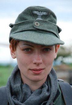 Pretty Wehrmacht girl : Hawtschwitz