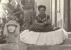 Risultati immagini per Aurora Reyes y Frida Kahlo