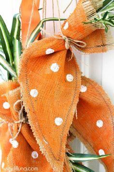 Super cute Burlap Carrots Easter decoration - tutorial