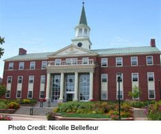Fredericton Tourist and Visitor Tips St Thomas University, Fredericton New Brunswick, George Martin, Photo Credit, Mansions, House Styles, Tips, Travel, Viajes