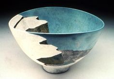 Raku bowl that uses the physical space of the bowl as a canyon or gorge space of a landscape. Ceramic Decor, Ceramic Design, Ceramic Bowls, Ceramic Pottery, Ceramic Art, Clay Bowl, Incredible Gifts, Art Images, Art Inspo
