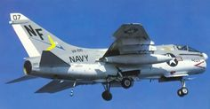 www.midwaysailor.com midway1980 flightops-127b.jpg