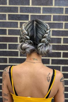 get ready for festival season with this boho braided updo! double dutch braids + space buns are so Coachella get ready for festival season with this boho braided updo! double dutch braids + space buns are so Coachella Braided Hairstyles Updo, Mohawk Updo, Pretty Hairstyles, Hairstyle Ideas, Pigtail Hairstyles, Hairstyles For Medium Hair, Braided Updo For Short Hair, Unique Braided Hairstyles, Amazing Hairstyles
