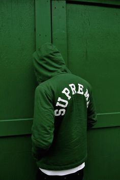 supreme green sweat and wall via theleoisallinthemind.tumblr.com