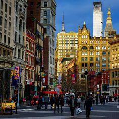 "russ_nyc: ""Somewhere on Union Square.  #nyc #newyork #manhattan #newyorkcity #ny #usa #nature #centralpark #beatiful #timessquare #brooklynbridge #нй #ньюйорк #сша #природа #манхэттен #dumbo #highline #soho #sunset #небо #coneyisland #закат #empirestateofmind #gotham #bigapple #iloveny #winter"""