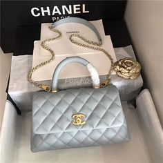 ed932ca98e5767 12 Best chanel coco handle images in 2019   Chanel bags, Chanel coco ...