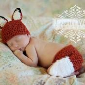 Sly Lil Fox newborn set - via @Craftsy