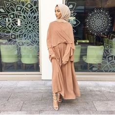✨sabina hannan✨ has an amazing fashion sense. She& completed her outfit with our Light Taupe Premium Chiffon Wrap. Modern Hijab Fashion, Islamic Fashion, Abaya Fashion, Muslim Fashion, Modest Fashion, Look Fashion, Fashion Outfits, Modest Wear, Modest Dresses