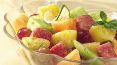 Honey-Lime Fruit Salad (Crowd Size) cup honey and cup frozen limeade concentrate makes the best fruit salad dressing! Fruit Salad With Pudding, Fresh Fruit Salad, Fruit Salad Recipes, Fruit Salads, Fruit Dishes, Jello Salads, Honey Lime Dressing, Delicious Fruit, Fruits And Veggies