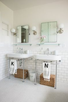Bathroom Remodel Traditional Full Bathroom with penny tile floors, Daltile Retro Rounds Bold Whit. Traditional Full Bathroom with penny tile floors, Daltile Retro Rounds Bold White Matte Mosaic TIle, Console Sink Penny Tile Floors, Bathroom Floor Tiles, Bad Inspiration, Bathroom Inspiration, Vintage Bathroom Decor, Console Sink, Minimalist Bathroom, Traditional Bathroom, Traditional Tile