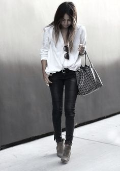 Perfect night out outfit, casual and super cool!