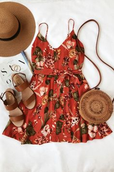 Ulani Rusty Rose - Skater dress with floral print - Summer Outfits Trendy Dresses, Cute Dresses, Trendy Outfits, Casual Dresses, Fashion Outfits, Womens Fashion, Casual Shoes, Casual Clothes, Ladies Outfits