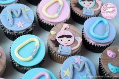 Girlie Rock Climbing Cupcakes
