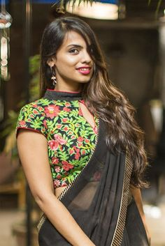 Blouse Front Neck Designs : 30 Drool-Worthy Options Just For You Saree Jacket Designs, Blouse Designs High Neck, Silk Saree Blouse Designs, High Neck Blouse, Sexy Blouse, Designer Blouses Online, House Of Blouse, Stylish Blouse Design, Designer Blouse Patterns