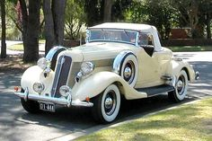 Great Old Car !...Re-Pin brought to you by #ClassicCarInsurance at #HouseofInsurance Eugene Oregon. Ask about agreed value policy(S).