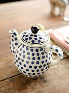 Blue polka dots! Very cute teapot.