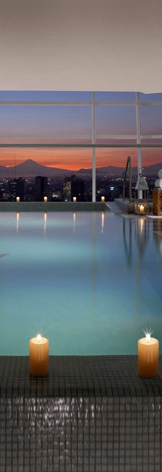 Infinity pool on the 15th floor at The St. Regis Mexico City