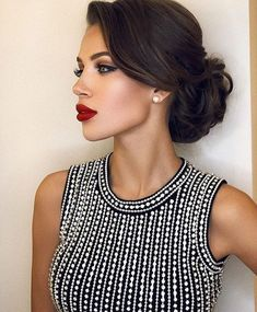 Terrific updo on black hair hair updos Simple Updos For Shoulder Length Hair That Look Amazing Elegant Hairstyles, Bride Hairstyles, Hairstyles Haircuts, Pretty Hairstyles, Hairstyle Photos, Classy Hairstyles Medium, Hairstyle Ideas, Classic Hairstyles, Hairstyles Pictures