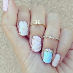 Ugh, such a nice manicure and it has a H which is the first letter of my name! I love this!