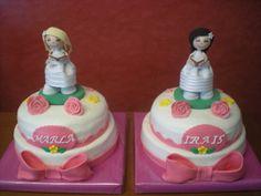 Tartas de Comunión para dos hermanas, con fofuchas personalizadas!     Enhorabuena chicas!!