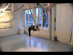 Aerial yoga ❤ http://www.youtube.com/watch?v=AXn3ijtxGVw