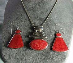 925-Sterling-Silver-Sponge-Coral-Pendant-Necklace-Earrings-23-9-grams Coral, Pendant Necklace, Drop Earrings, Chain, Sterling Silver, Jewelry, Jewlery, Jewerly, Necklaces
