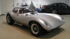 Bill Thomas wanted to out-Cobra the Cobra, but the original Cheetah that he produced had homicidal intentions. The continuation cars have sorted out some of the problems, and the end result is a manic and amazing car.