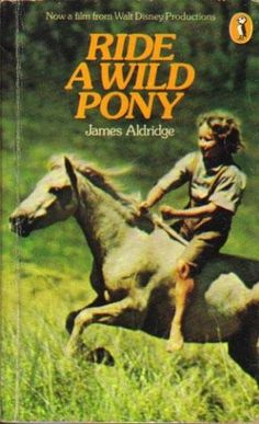 I remember going to see this when I was young - sad film but so good. Horse Movies, Horse Story, Cinema Theatre, Mystery Stories, Farm Boys, Dog Books, Horses And Dogs, Classic Movies, Romance Novels