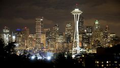 Downtown Seattle Skyline | Downtown Seattle skyline at night (particularly the Space Needle ...
