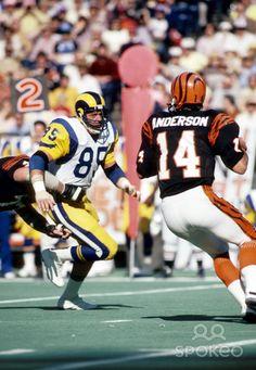 Pics of Jack Youngblood from Nov 15, 1981. Los Angeles Rams defensive end (85) Jack Youngblood pursues Cincinnati Bengals quarterback Ken Anders...
