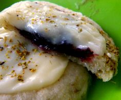 blackberry thumbprint cookies with white chocolate ganache. making these right now for my boyfriend's family! Web Archive, White Chocolate Ganache, Blueberry Desserts, Kiss The Cook, Thumbprint Cookies, Coleslaw, Blackberry, Delicious Desserts, Main Dishes