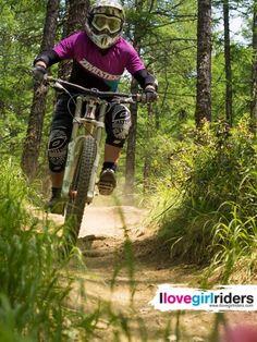 Yvonne » Rider: Yvonne Weissenberger - Photo: Iwan Zeller - #ilovegirlriders #iamagirlrider #ilgr #girlriders #mtb #bmx #jump #dhgirl #downhill #ciclocross #freeride #road #cycling #cyclingwomen #womenscycling