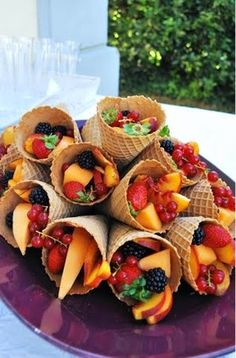 What a great way to get kids to eat fruit.a waffle cone! Fill some waffle cones with delicious fruit salad.have some whipped cream on the side to dip your fruits & enjoy! kids will love this! Good Food, Yummy Food, Tasty, Delicious Fruit, Fun Food, Delicious Recipes, Food Art, Amazing Recipes, Fruit Recipes