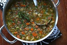 This French Lentil Soup is absolutely packed with flavor! Deliciously rich and satisfying, it's sure to become a favorite. Greek Recipes, Soup Recipes, Diet Recipes, Healthy Recipes, Healthy Meals, French Lentil Soup, French Lentils, Vegetarian Soup, Plant Based Diet