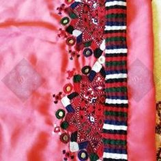 Upcoming dresses For booking kindly direct message Gold Jewellery Design, Gold Jewelry, Balochi Dress, Fashion Outfits, Womens Fashion, Crochet, Cloths, Cute, Collections