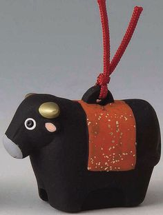 Good luck and happiness! Zodiac clay bells Zodiac ceramic, 12 animal bells, Fu Rin ox (cow and cow) q どれい-to ふくりん Japanese Interior, nothing but a figurehead, figurine new year ornament overseas and foreign souvenirs, gifts and gift gift recomendations i