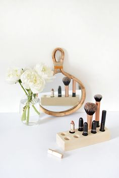 Simple DIY Wood Makeup Storage