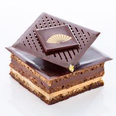 Opera @mo_tpe #pastry #patisserie #classics #dessert #taipei