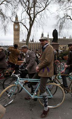 At the London Tweed Run 2013, photo by @Vintage To Runway