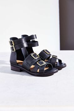 Les 77 meilleures images du tableau Shoes sur Pinterest   Fashion ... ff9428e89ff8
