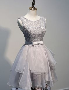 Elegant Scoop Lace & Organza A-line Short Gray Homecoming Dresses With Ribbon