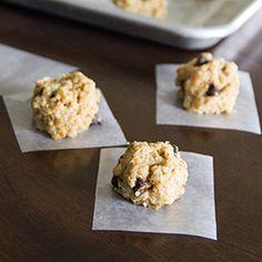 Healthy No-Bake Quinoa Cookies - sugar-free, dairy-free & vegan.