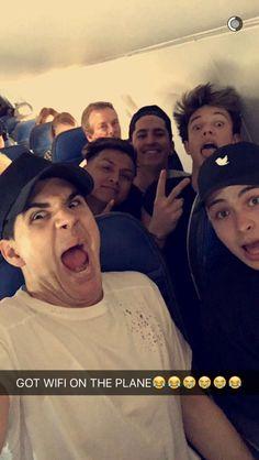 Cam & Chris are the best😊😊😘😘 Cameron Alexander Dallas, Cameron Dallas, Magcon Family, Magcon Boys, Funny Cute, The Funny, Funny Youtubers, Bae, Jack G