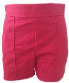 Pantaloni scurti ZARA Red ! Mai multe articole ZARA aici: https://m.facebook.com/Millinery.Boutique