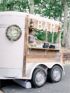 This mountain wedding couple bride tied the knot at our destination wedding venue overlooking The Great Smoky Mountains. We're quite obsessed with their choice of bar options for their cocktail hour! We are especially smitten with the white bar trailer that fit in perfectly with their wedding palette: lilac and light blue with a foundation of soft cream. Photography by Michelle Lea Photographie | The Magnolia Venue www.themagnoliavenue.com #smokymountainwedding Rustic Wedding Reception, Space Wedding, Barn Wedding Venue, Tent Wedding, Ethereal Wedding, Lilac Wedding, Magical Wedding, Boho Wedding Decorations, Rustic Wedding Centerpieces