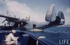 Naval Air Transport Service. Tarawa Atoll, 1944. Photographer: Peter Stackpole