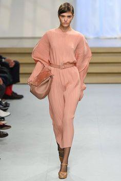 Jil Sander Spring 2017 Ready-to-Wear Fashion Show